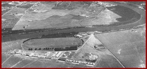 """Hipódromo de la """"Sociedad de Carreras de Caballos"""" (Sevilla) Imagen de 1929"""