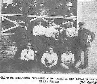 El Gráfico. 18 Noviembre de 1904. La Copa ganada por el Seamen´s