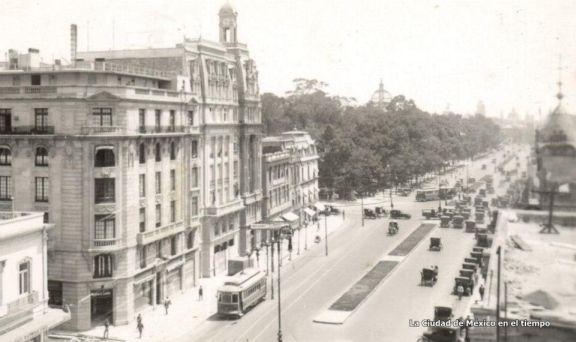 Av. Juárez, Ciudad de México 1902c.