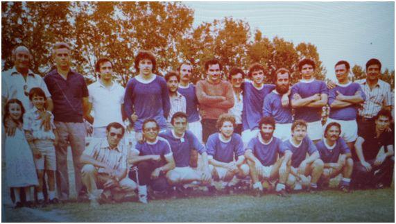 Club Atlètic Castellserà 1981-82. En la fila de abajo, el tercero por la izquierda.