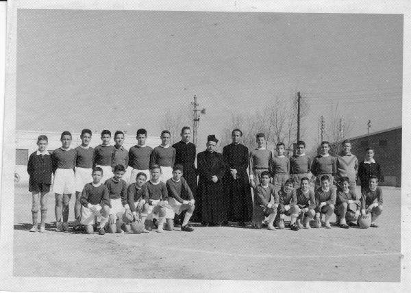Durante los años 50 y 60, Seminarios y colegios de frailes constituyeron una buena cantera de jóvenes futbolistas.