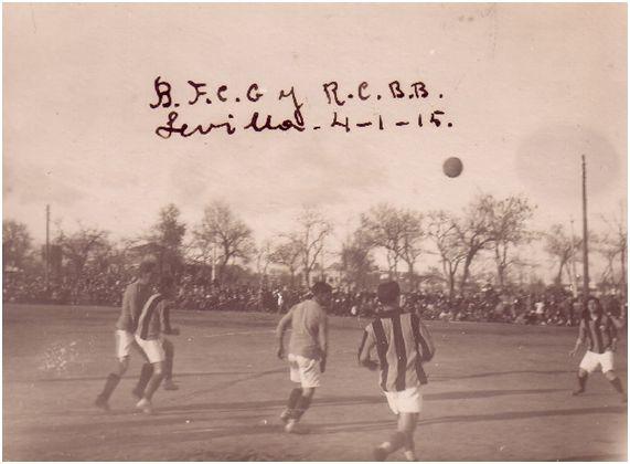Imagen del partido contra el Britannia FC en el Prado de San Sebastián