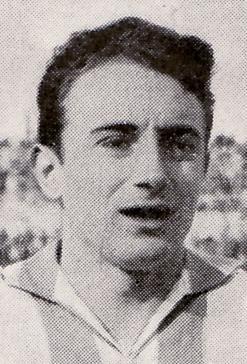 """Elías Querejeta, cuando como jugador """"txuriurdin"""" le marcó un gol al Real Madrid y el cine era para él su otra gran pasión."""