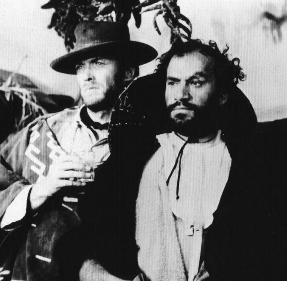 """Aldo Sambrell, impagable """"malo"""" de nuestro cine y buen amigo de Sergio Leone y Clint Eastwood. Si como futbolista pudo vérsele poco por nuestros pagos, tuvo ocasión de desquitarse desde la gran pantalla."""