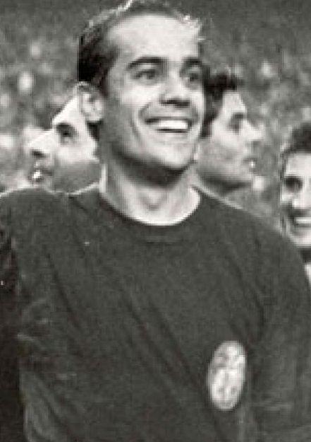 Suárez, un gigante de nuestro fútbol.