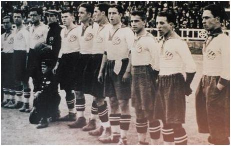 Equipo del Europa en la final de Copa de 1923.