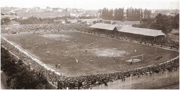 Fuente: Madridistassc.blogspot.com (finales de los años 20 del siglo pasado). Campo de fútbol de Chamartín.