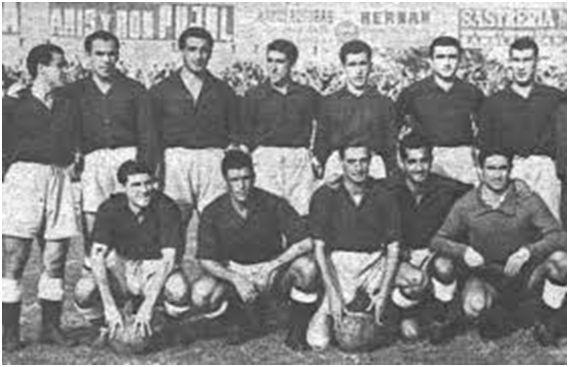 Equipo de España en el encuentro de 1947