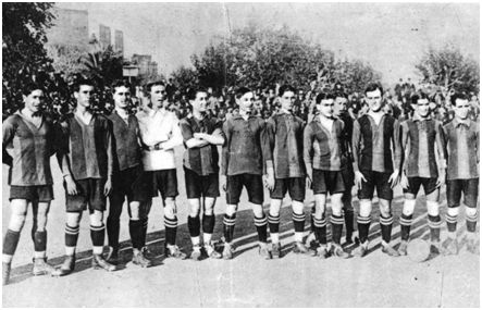 Augusto Ozores (primero por la derecha) con el FC Barcelona.