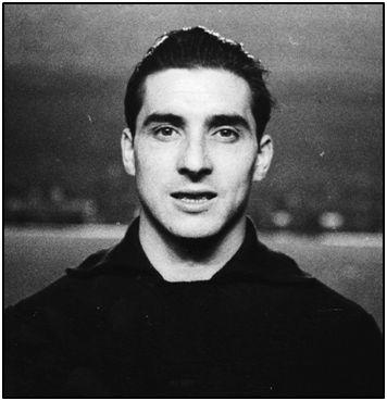 Manuel Pazos. Futbolista más longevo entre quienes disfrutaron de la elite.