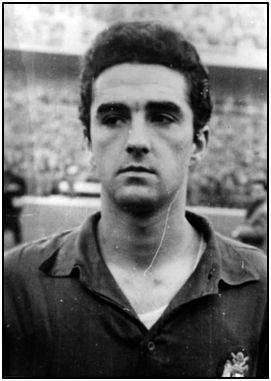 El internacional Campanal II se decantó por el fútbol después de haber descollado como atleta.