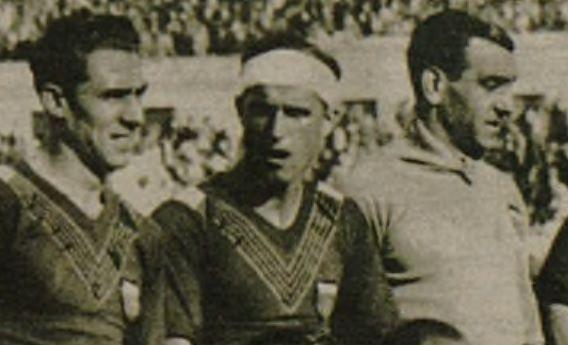 Juan Costa (en el centro) junto a Vilanova y Cano en la final de 1934