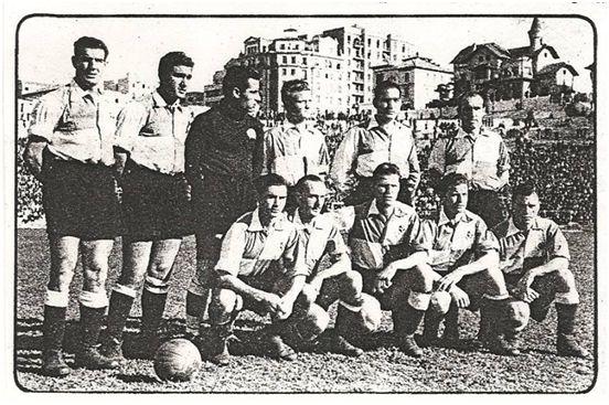 El Sabadell debutó en Primera División en la temporada 1943/44 con dos de los hermanos Gonzalvo en sus filas: De pie, de izquierda a derecha: Jugo, Martínez, Pujol, Gonzalvo II, Aranaz y Bardina; Agachados: Ara, Gracia, Del Pino, Gonzalvo I y Navarro.