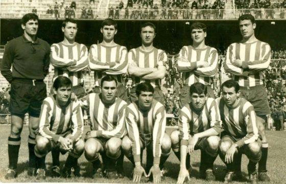 Real Gijón 1966/67 Subcampeón de Liga de Segunda División Grupo Norte Fotografía cedida por cortesía de Juan Algar