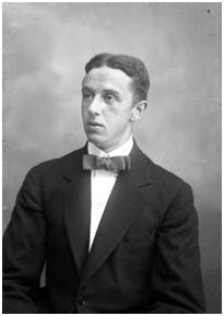 """Imagen: Esplugas, A. """"Retrat de bust del futbolista Walter Rozitsky [sic], jugador del FC Barcelona"""" (Arxiu Nacional de Catalunya, ANC-1-402-N-7784)."""