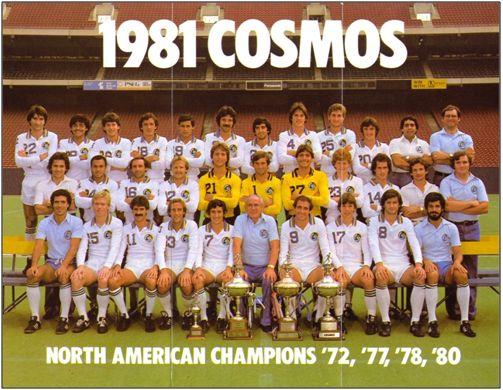 El New York Cosmos nunca fue un gran equipo, pero el brillo de sus gastadas estrellas, con Pelé a la cabeza, hizo de él pieza codiciada para los torneos veraniegos que organizaba Guijarro. No se decidió a contratarlo cuando el delantero brasileño anunció su retirada. Sin él perdían los neoyorquinos toda su capacidad de arrastre.