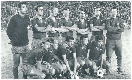 Feliz arranque de Liga en el Bernabéu: Sadurní; Torres, Gallego, Eladio; Castro, Zabalza, Reina (portero suplente); Rexach, Marcial, Bustillo, Zaldúa y Pujol.