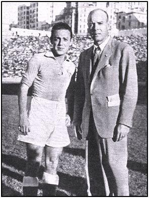 Borbolla junto a su entrenador en el Celta, Ricardo Zamora. Los sueños de triunfo se esfumaban.