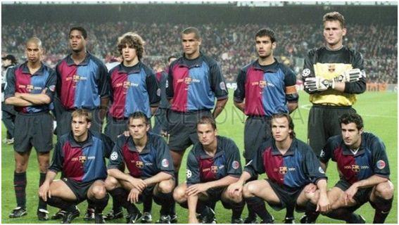 F.C. Barcelona 1999/00:  Arriba: Reiziger, Kluivert, Puyol, Rivaldo, Guardiola, Hesp, Agachados: Gabri, Cocu, Frank de Boer, Zenden y Figo.