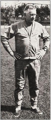 Jëno Kalmar. El veterano entrenador resultó básico para que Viberti brillase, tanto en su faceta de futbolista como al convertirse en preparador.