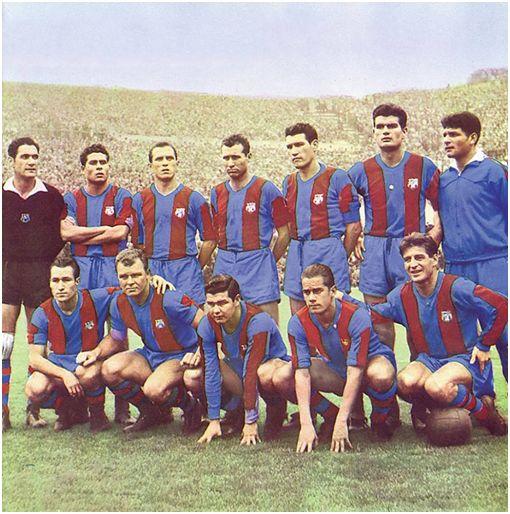Formación 1959-60: De Pie: Ramallets, Olivella, Rodri, Gràcia, Segarra, Gensana, Medrano. Agachados: Tejada, Kubala, Eulogio Martínez, Luis Suárez, Czibor.