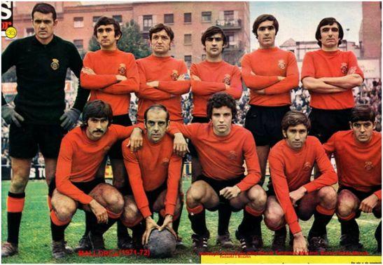 Formación 1971-72: Arriba: Vallespir, Pons, Sans, Puig, García Temprano, Mariano. Abajo: Doval, Pereda, Munné, Gerardo, Roselló.