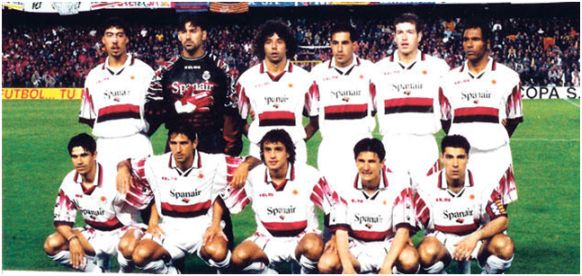 Formación Subcampeón de Copa Rey 1997-98: Arriba: Marcelino, Roa, Iván Campo, Mena, Romero, Engonga. Abajo: Valerón, Amato, Ezquerro, Stankovic, Olaizola.