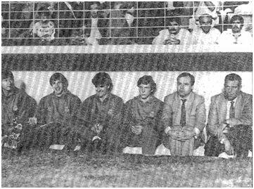 Grosso en el banquillo del Insular en Marzo de 1986.