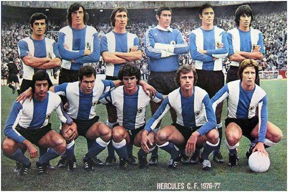 Formación 1976-77. De Pie: José Antonio, Saccardi, Rivera, Deusto, Quique, Giuliano. Agachados: Sancayetano, Baena, Barrios, Lübeke, Charles.