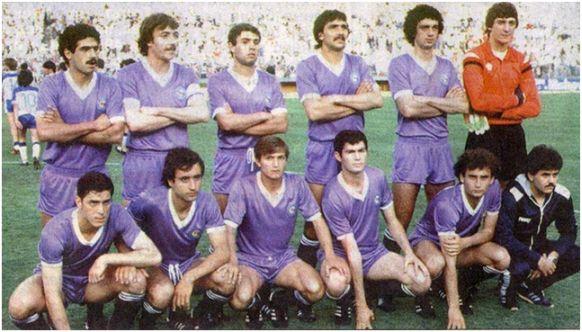 Formación Subcampeón Copa del Rey: De pie: Juanito, Castañeda, Casimiro, Bernal, Herrero, Agustín. Agachados: Pineda, Álvarez, Cidón, Paco, Gallego.