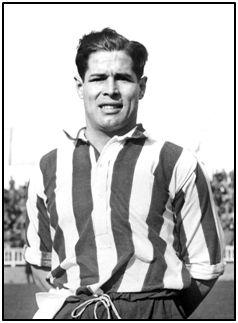 Ángel Arocha con la camiseta del At Madrid, último uniforme deportivo que vestiría.