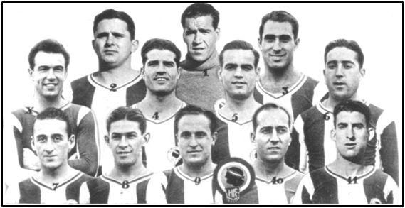 El Hércules alicantino de la temporada 1935-36. Con el número 7, primero por la izda., abajo, Mendizábal, asesinado en Madrid. Manuel Suárez, su entrenador esa campaña, corrió la misma suerte en la ciudad mediterránea donde afirmaba sentirse muy a gusto.