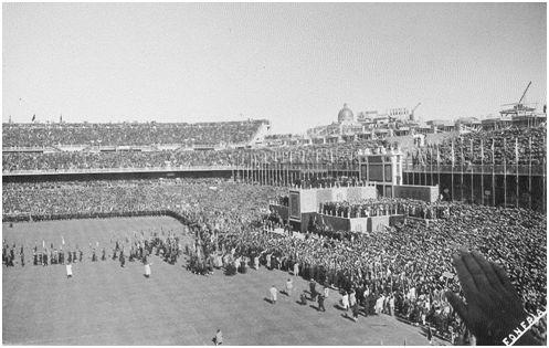 Un Chamartín lleno para asistir al acto central del XX de la Falange.