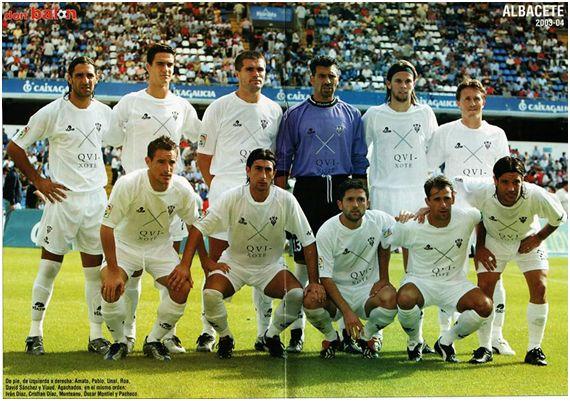 Formación 2003-04. Arriba. Amato, Pablo, Unai, Roa, David Sánchez, Viaud. Agachados: Iván Díaz, Christian Díaz, Munteanu, Óscar M., Pacheco.