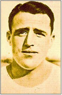Enrique Molina, futbolista de fuerza, a quien la Guerra Civil aplastó anímica y moralmente.