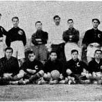 """Equipo del Foot-ball Club """"España"""" (Los Deportes, 15 de marzo de 1910, p. 70)."""
