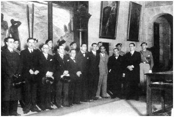 Primera foto del primer Gobierno Vasco. Fuente: Fundación Sabino Arana-Archivo del Nacionalismo Vasco.