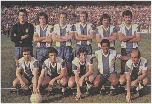 Formación 1975-76. De Pie: Borja, Ramos, Ferrer, Verdugo, Osorio, Ortiz Aquino. Agachados: Cuesta, Solsona, Amiano, Jeremías, José María.