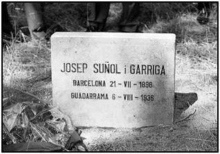 Lápida con el apellido del presidente asesinado, tal y como él lo escribiera siempre.