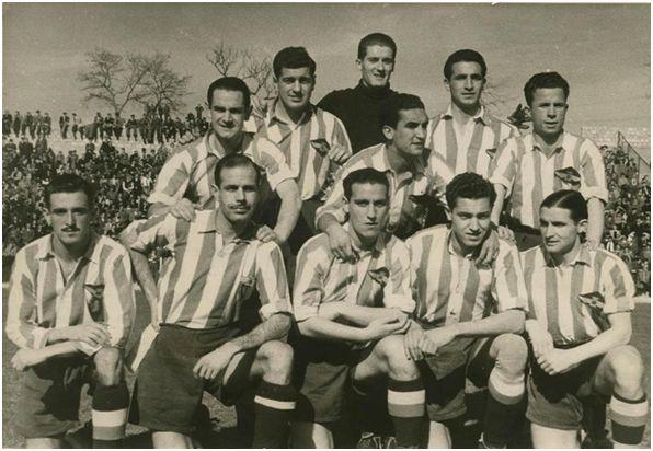 Formación 1940-41: De Pie: Gabilondo, Mesa, Tabales, Germán, Aparicio, Machín. Agachados: Manín, Arencibia, Pruden, Campos, Vázquez.