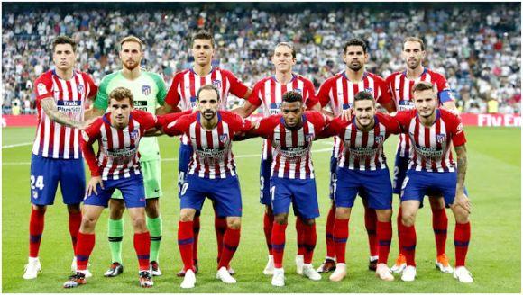 Formación 2018-19: Arriba: Giménez, Oblak, Rodri, Filipe, Diego Costa, Godín.  Abajo: Griezmann, Juanfran, Lemar, Koke, Saúl.