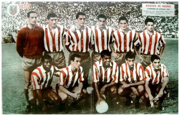 Campeón de Copa del Generalísimo 1960-61. De pie: Madinabeytia, Griffa, Callejo, Ramiro, Calleja, Rivilla. Agachados: Jones, Adelardo, Mendonça, Peiró, Collar.
