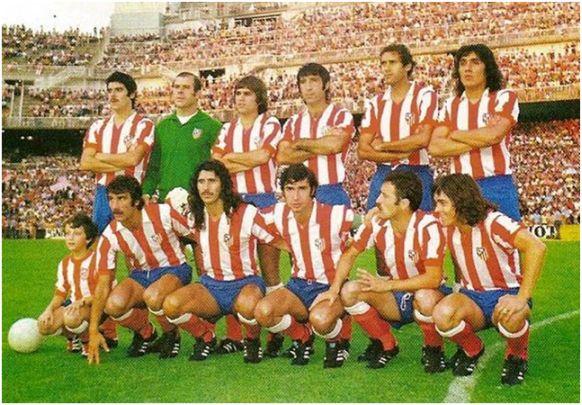 Formación Campeón Copa Generalísimo 1975/76. De pie: Leal, Reina, Marcelino, Panadero Díaz, Eusebio, Cacho Heredia. Agachados: Capón, Rubén Ayala, Gárate, Salcedo, Bezerra.