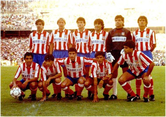 Formación Campeón Copa del Rey 1990-91. De pie: Solozábal, Schuster, Vizcaíno, Futre, Mejías, Ferreira. Agachados: Tomás, Orejuela, Manolo, Toni, Juanito.
