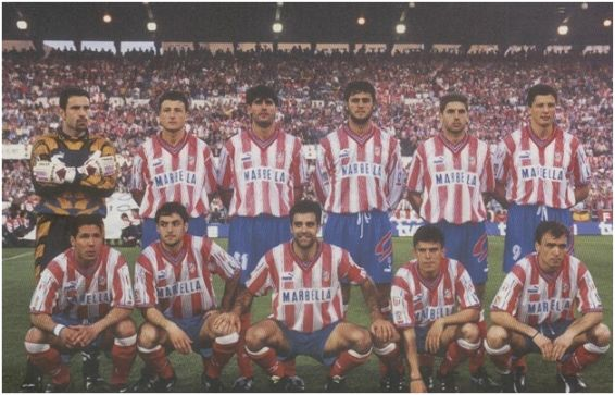 Formación Campeón Copa del Rey 1995/96: De pie: Molina, Vizcaíno, Caminero, Kiko, Geli, Penev. Agachados: Simeone, Santi Denia, Solozábal, Toni, Pantic.