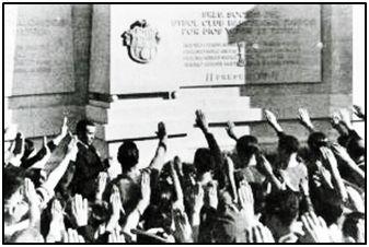 Monumento del F.C. Barcelona a sus socios del bando nacional caídos.