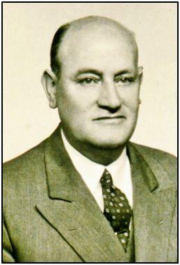 Julián Troncoso Sagredo, primer presidente de la F.E.F. en la era de Franco.