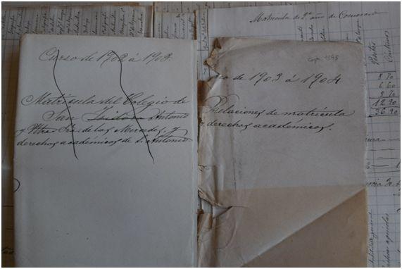 El nombre de Edward (Eduardo) Coolk no aparece en la relación de alumnos matriculados en el colegio San Antonio entre 1896 y 1904. No se conservan listados posteriores