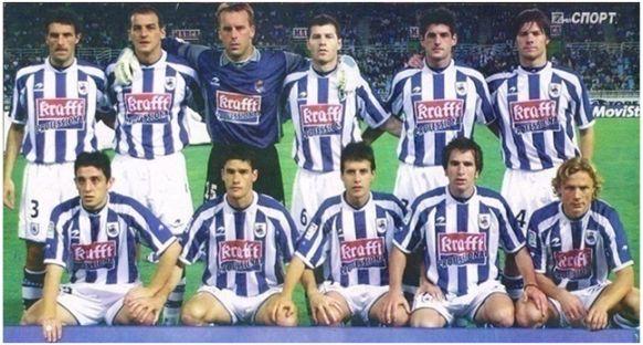 Formación 2002-03: Arriba: Aranzábal, Kovacevic, Westerveld, Schürrer, Jáuregi, Xabi Alonso. Agachados: Nihat, Gabilondo, Aranburu, López Rekarte, Karpin.