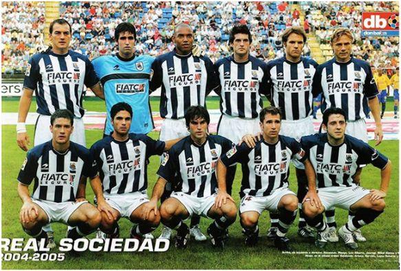 Formación 2004-05. Arriba: Kovacevic, Riesgo, Luiz Alberto, Jáuregi, Mikel Alonso, Karpin. Agachados: Gabilondo, Arteta, Garrido, López Rekarte, Nihat.